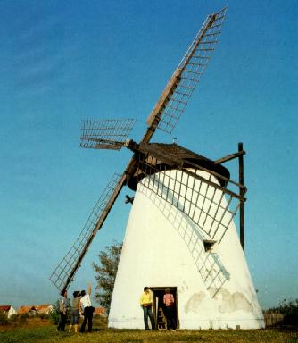 Windmill near Szeged (Photo)